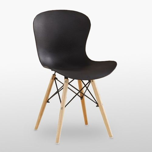 DS Ribbed Eiffel Chair Black